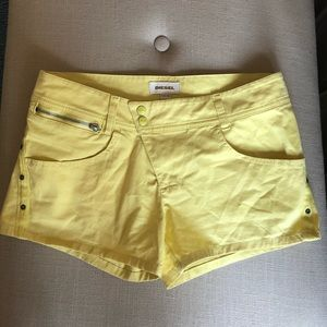 Diesel Shorts Yellow Size 28